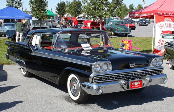 raven black 1959 ford fairlane galaxie 500 2 dr hardtop 1 re voiture the 1959 ford fairlane. Black Bedroom Furniture Sets. Home Design Ideas