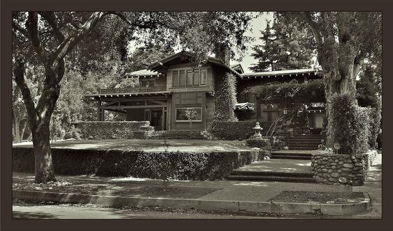 The Duncan Irwin House - Greene & Greene   Jared_R_L via Flickr