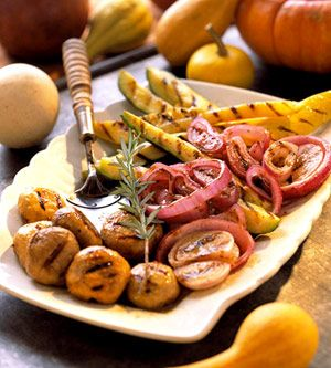 Grilled Squash adds an extra boost of the taste of summer to your dishes! #mastrad: