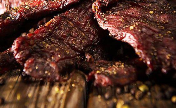 Salgas e Curas de carnes no sertão - http://superchefs.com.br/salgas-e-curas-de-carnes-no-sertao/ - #CarneDeSol, #CarneSeca, #CarnesDoSertão, #Charque, #Colunistas, #TaniaBastos