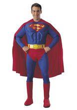 Superman Kostüm, aus unserer Kategorie Superheldenkostüme. Superman, der Man of Steel vom Planeten Krypton ist zurück! Der Urvater aller DC Comics Helden verteidigt seine Heimatstadt Metropolis jeden Tag aufs Neue vor dem Bösen. Ein imposantes Kostüm für Fasching, Comic Messen und Mottopartys.