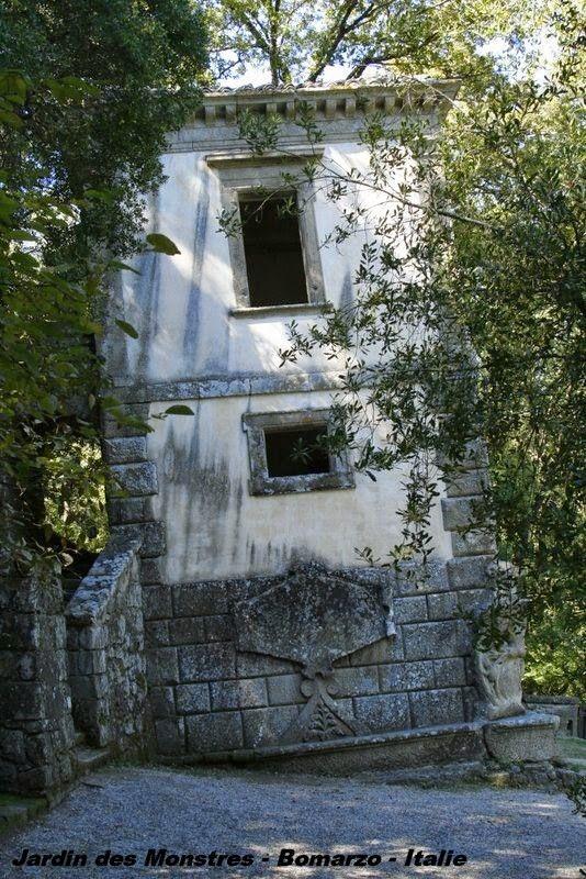 Jardin des monstres bomarzo italie insolite for Jardin d italie chateauroux