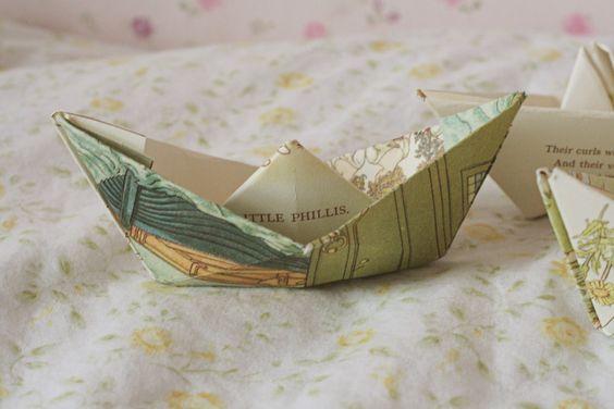 Gingerlillytea: Paperboat mobile