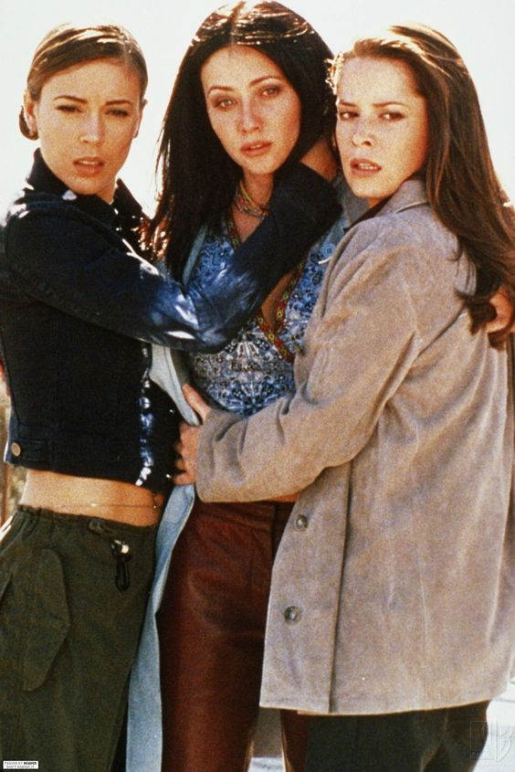 Charmed. Alyssa Milano. Holly Marie Combs. Shannon Doherty.: