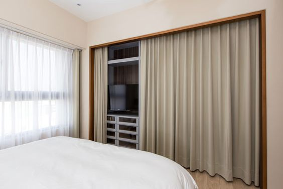 modern apartment PMK 16     Whole apartment is great. curtains instead of doors on cupboard