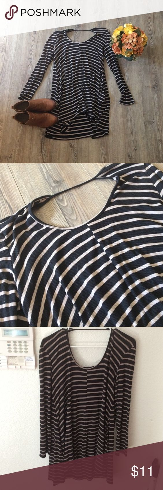 """Sweater tshirt dress! So soft and comfortable. Only worn once- being 5'11"""" it's just a little short. Like new! Boutique Dresses Mini"""