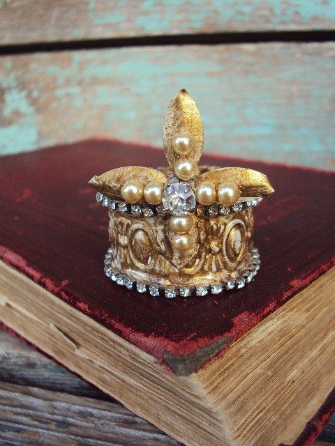 Antique Style Jeweled Crown Shabby Chic for by primitivepincushion