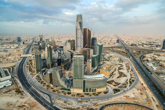 The world's biggest commercial property firms are seeking to expand in Saudi Arabia at a time when the kingdom's economy is going through a rough spell trying to reduce the country's historical oil dependence.