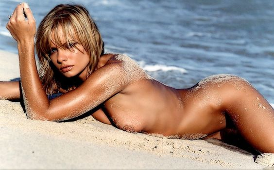 Jaime Pressly Playboy Magazine February 2004
