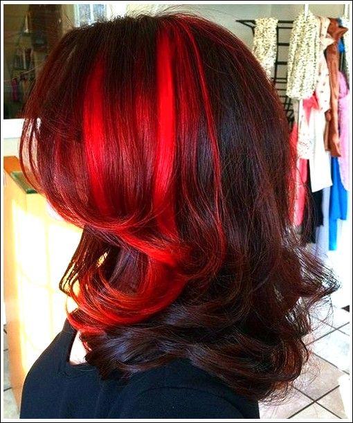 18 Bezaubernde Moglichkeiten Zweifarbige Frisuren Zu Stylen Und Zu Prasentieren Beste Frisuren Burgunde Haare Haarfarbe Rot Dunkelrote Haarfarbe