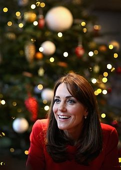 Catherine, Duchess of Cambridge attends the Anna Freud Centre Family School Christmas Party at Anna Freud Centre on December 15, 2015 in London, England. The Duchess joined groups of families in Festive activities designed to help pupils reflect on the positive progress in their social relationships and communication skills.: