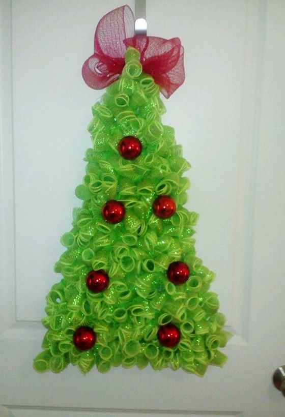 2014 Deco Mesh Christmas Tree. So much fun to make ...