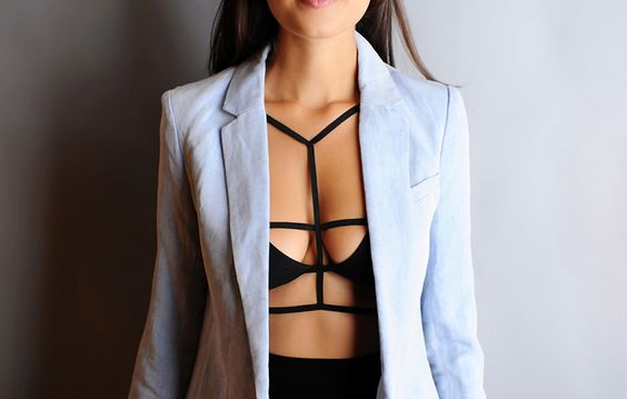 DIY strapped bra top - add serious drama to a boring black bra or bikini top with some black elastic.