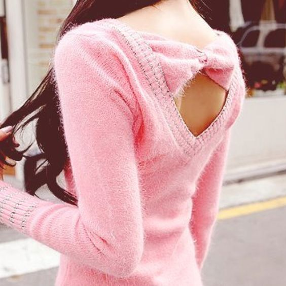 Pink knit bow sweater!! Adorable <3