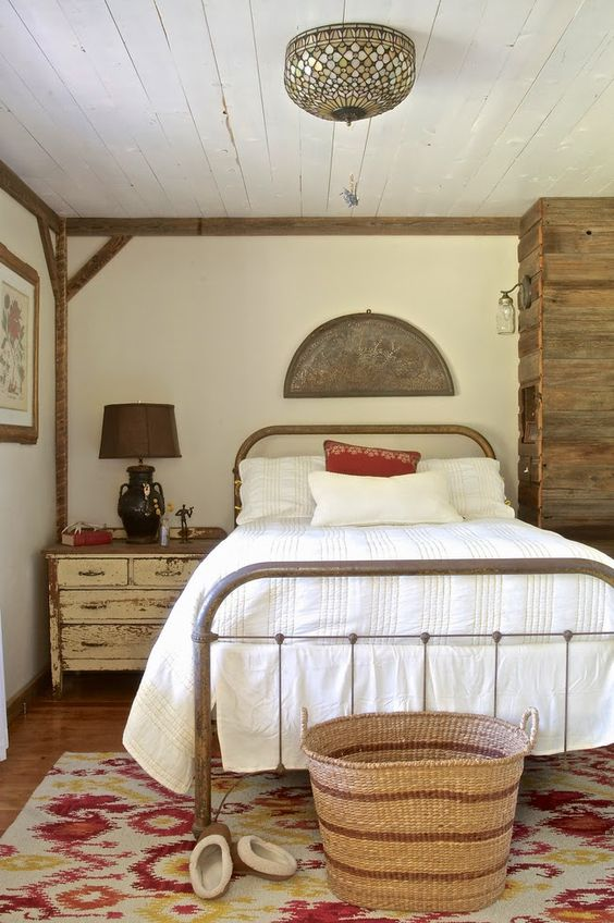 Wood trim guest rooms and rustic on pinterest for Rustic farmhouse bedroom