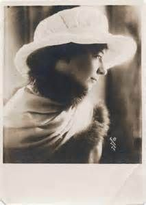 Sara Teasdale A tortured soul, secret lover, beautiful poet.: