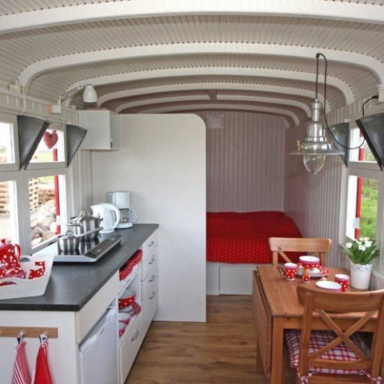 Inrichting pipowagen gypsy wagon woonwagen pinterest for Meerlo interieur