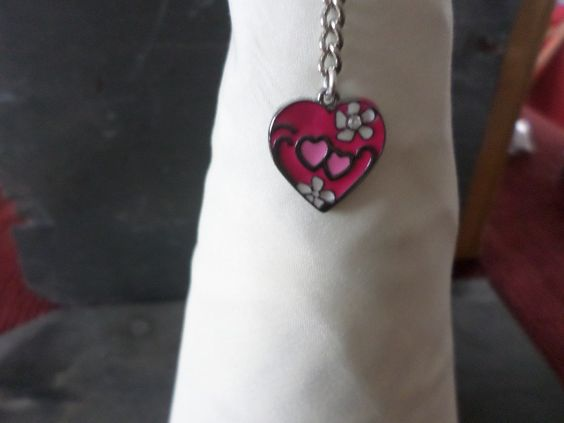 Key ring pink heart by Charmmagpie on Etsy