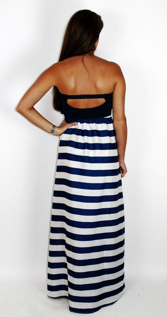 Amour Boutique - Off to Tahiti Maxi: Navy, $42.00 (http://www.shopamourboutique.com/off-to-tahiti-maxi-navy/)