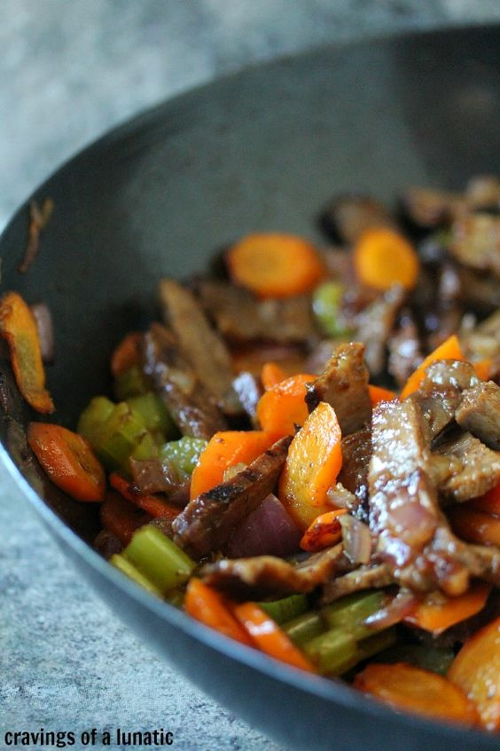 Beef Stir Fry ~ I love bringing stir fry to a picnic. Take it as is with rice or put in foil and warm on a grill while you set up! ~ Guest post by Cravings of a Lunatic for the Hunger Strike