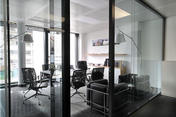 Salle de r union agenc e par cl ram style design for Place bureau catalogue