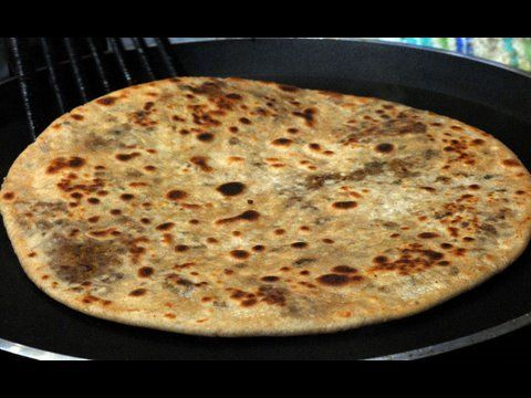 Keema Paratha (meat-stuffed Indian flatbread) with instructional video ... serve with your favourite chutney for dipping
