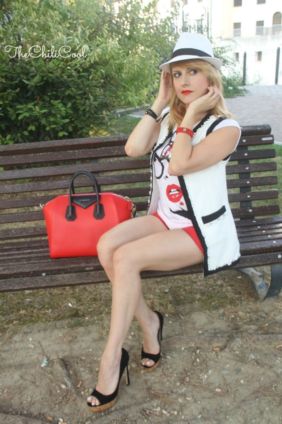 alessia milanese, thechilicool, fashion blog, fashion blogger,chic in b&w…
