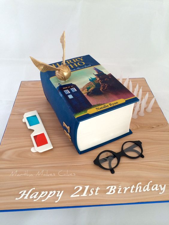 Harry Potter Meets Dr Who Crossover cake.
