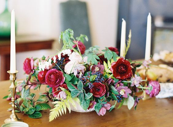 maroons and mauves | sarahwinward.com floral | jenhuangphoto.com | italy wedidng photography and inspiration
