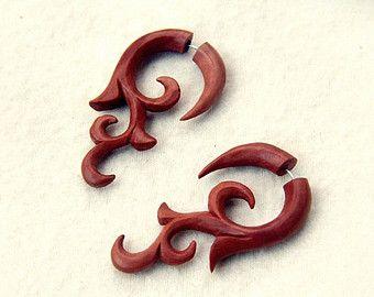 """Wood Earring Fake Gauge, Tribal """"Cagak"""" Faux Gauge Earrings, Saba Fake Piercing W085-1"""