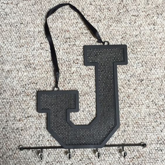 """✨""""J"""" jewelry hanger Wasting holder """"J"""" part and hooks for necklaces and bracelets, hangs on wall Accessories"""