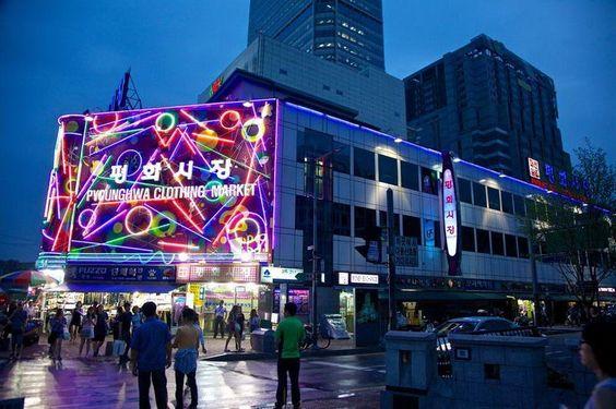 Chợ Dongdaemun- nơi mua sắm thú vị