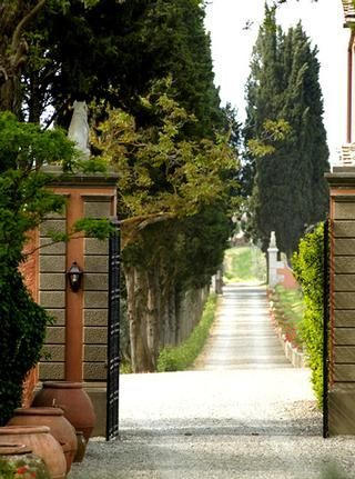 Villa Mangiacane, Florence I Room for Romance, Luxury Hotels