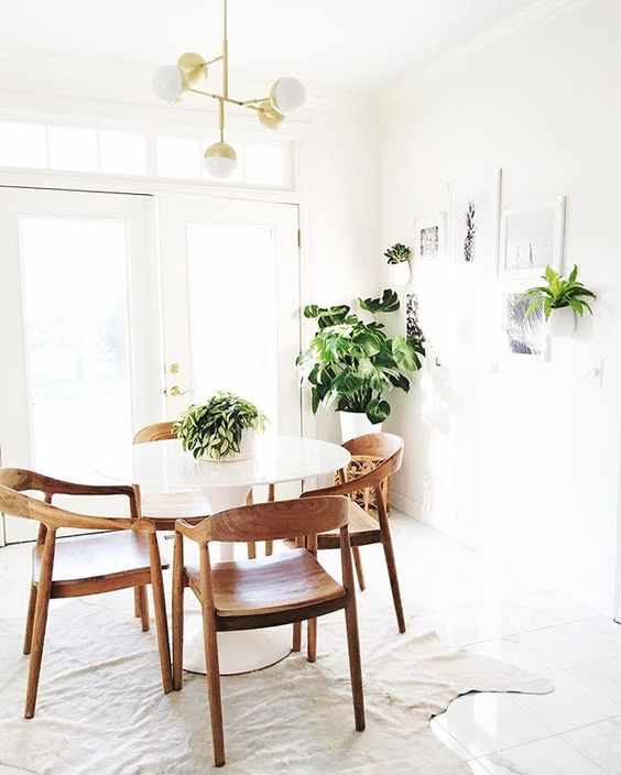 Do you prefer a neutral or a colorful space? (I love both!!)