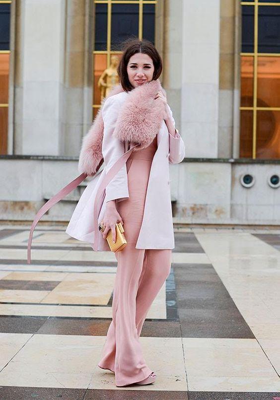 """""""Von Blumen bis Patisserie – nach meinem Geschmack darf es mehr rosa sein. Zum Beispiel Mantel & Co. in der schönsten aller Farben."""" The Stylelist Lea: Zalando Mitarbeiter zeigen ihren Style"""
