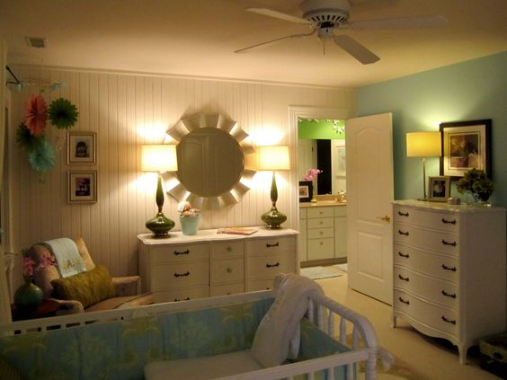 Mirror + lamps = beautiful modern vintage #nursery: