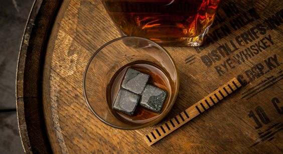 Simple device makes cheap whiskey taste oak-aged in 24 hours