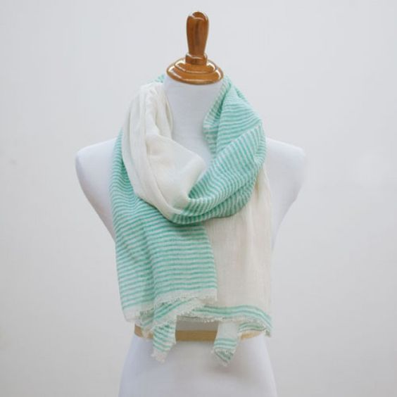 Betty Scarf in Mint