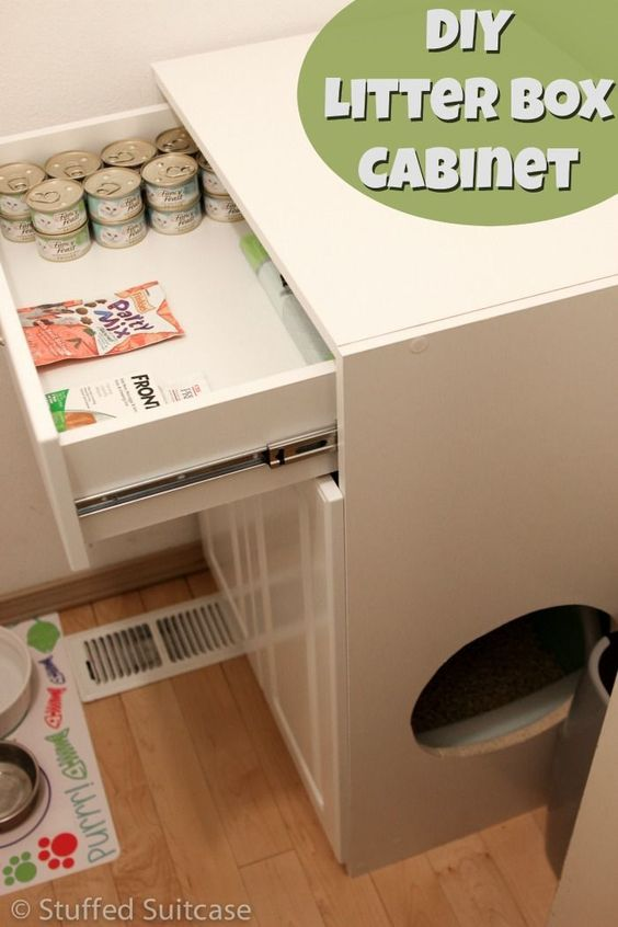 Great DIY project for cat lovers and owners! Want to hide away your litter box to help control the litter and odors? Make this easy litter box furniture cabinet to store the litter box and food for your furry friends! #CatParents #PMedia #ad