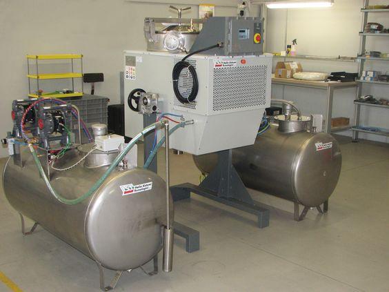 Máy thu hồi dung môi IST 90 N