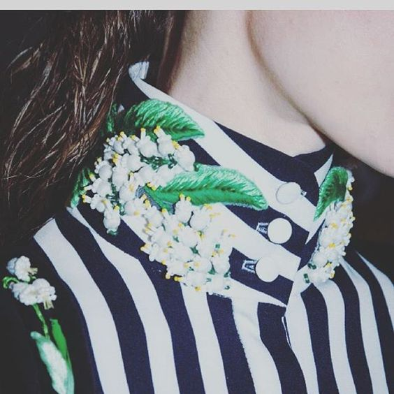 Righe e il ricamo...una combinazione  particolare.. #embroideryjewellery…