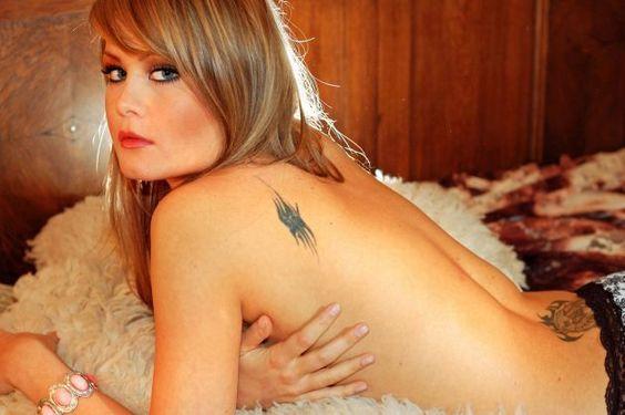 Fotos-de-tatuagens-femininas-no-ombro