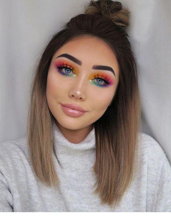 Beautiful rainbow eyeshadow look