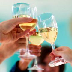 Dépendance à l'alcool : le baclofène temporairement autorisé après échec des autres traitements (France)