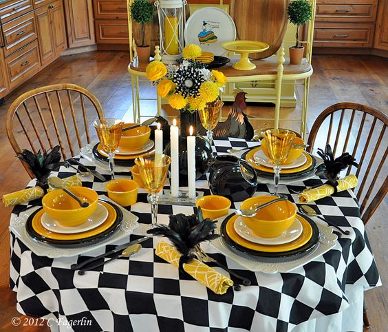 Black white and yellow yellow christmas pinterest for Black and white tablescape ideas