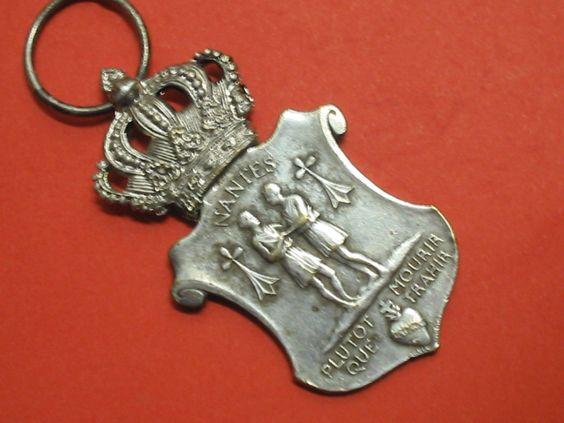 ANTIQU crown MEDAL sacred HEART Jesus