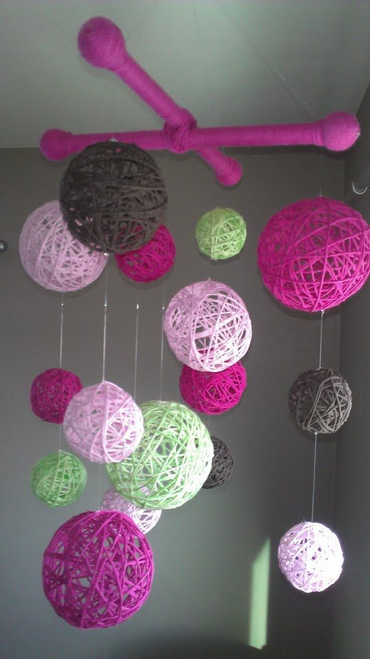 Pink+and+Green+Yarn+Ball+Baby+Mobile+by+inthe2doghouse+on+Etsy,+$80.00: