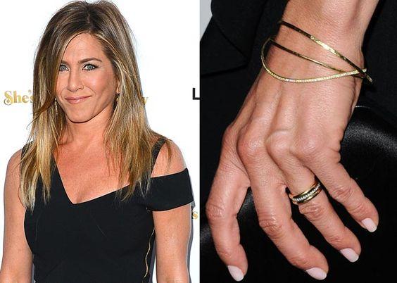 celebrity wedding rings jennifer aniston image credit evokeie - Celebrity Wedding Rings