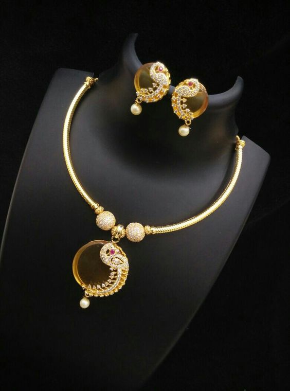 Shop designer necklace @ www.inventjewel.com