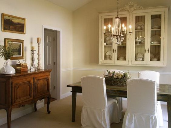 Cottage Farmhouse Style Dining Room Decorating